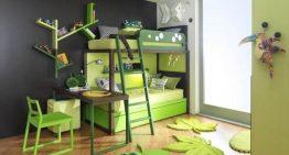 Красиво декорирана детска стая с двуетажни легла