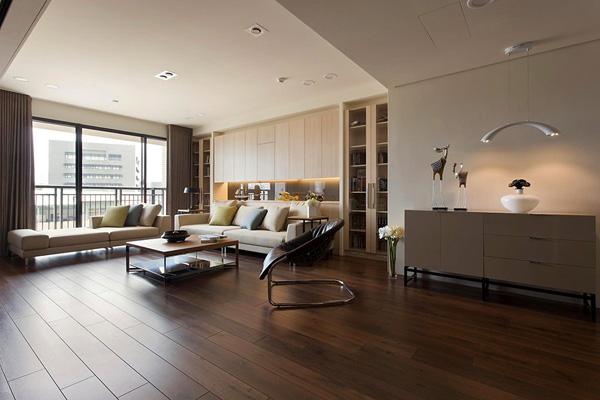 prostoren-i-krasiv-apartament-s-nestandarten-interior-1g