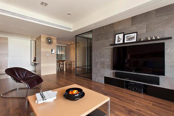 prostoren-i-krasiv-apartament-s-nestandarten-interior-2g