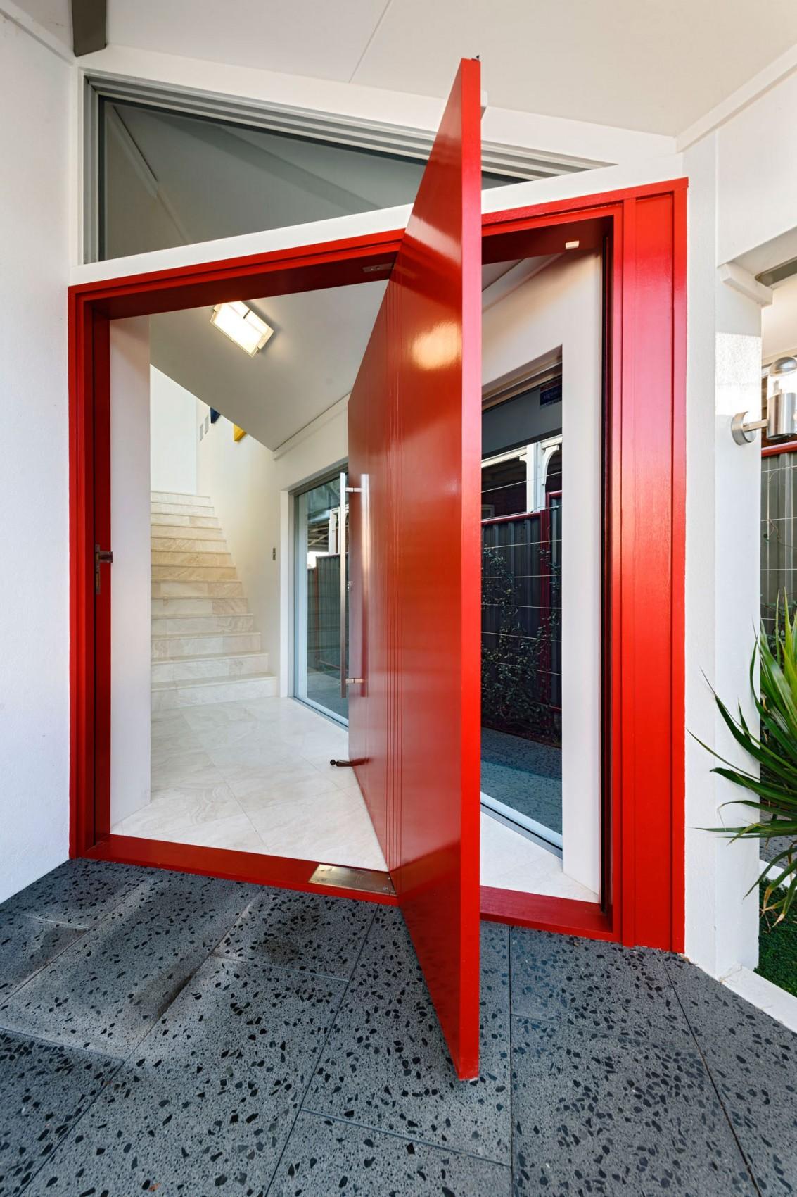 kashta-s-ekstravagantna-arhitektura-i-moderen-interioren-dizain-2g