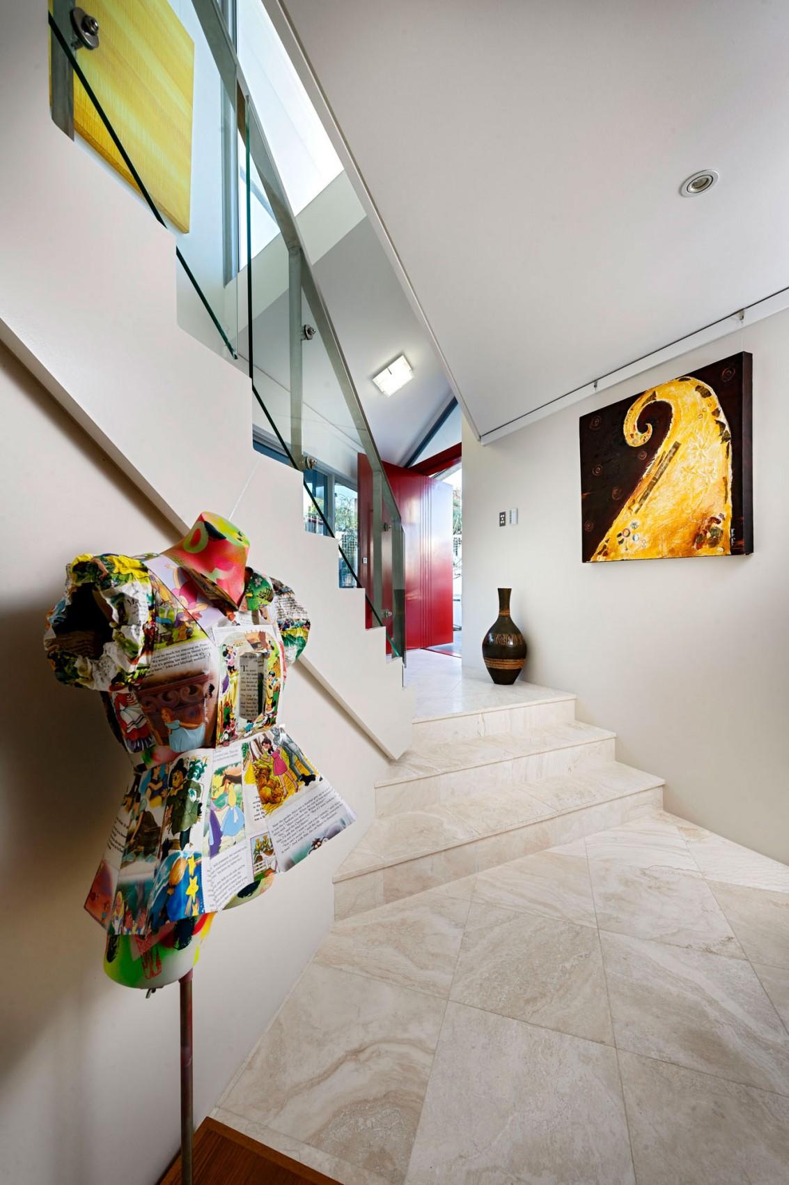 kashta-s-ekstravagantna-arhitektura-i-moderen-interioren-dizain-3g