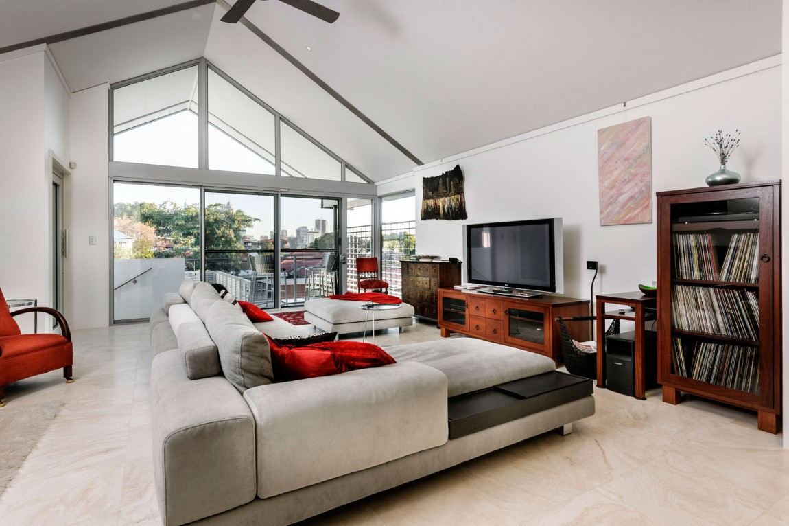 kashta-s-ekstravagantna-arhitektura-i-moderen-interioren-dizain-4g