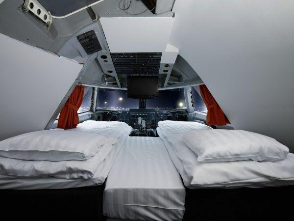 vijte-kak-boing-747-e-prevarnat-v-atraktiven-hotel-v-stokholm-2g