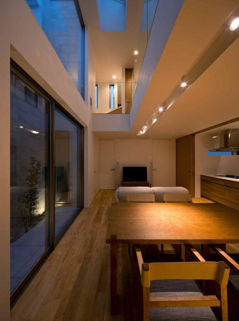 intriguvasht-savremenen-interior-na-rezidentsiq-v-qponiq-2g