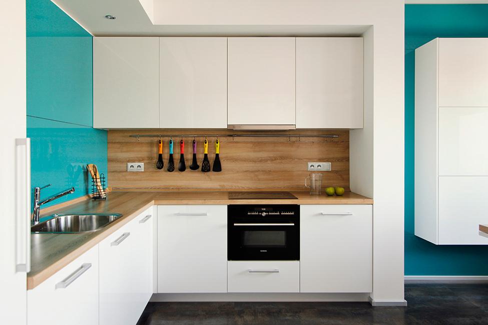 minimalistichen-apartament-v-moskva-sas-svetla-i-uiutna-atmosfera-3g