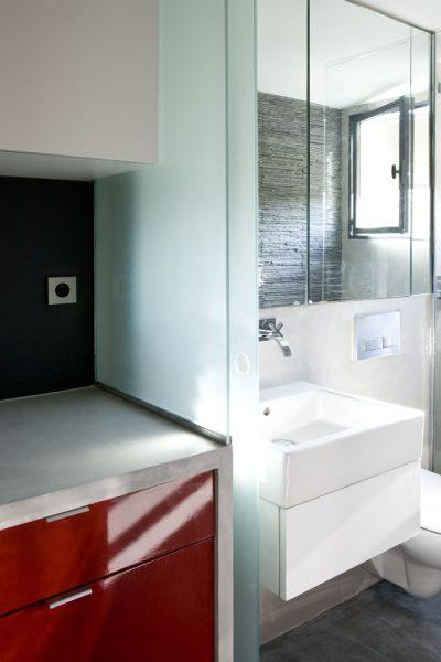 naistina-malak-apartament-16-kv-m-v-parij-sas-dobre-optimiziran-interior-910g