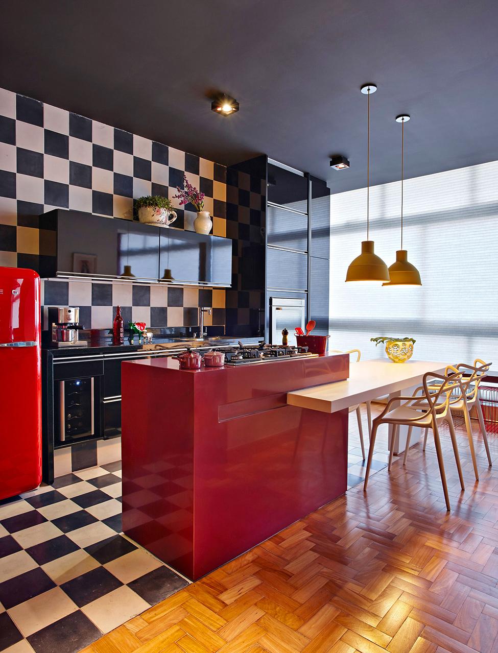 apartament-v-braziliq-pokazva-neveroqten-miks-ot-tsvetove-i-teksturi-6g