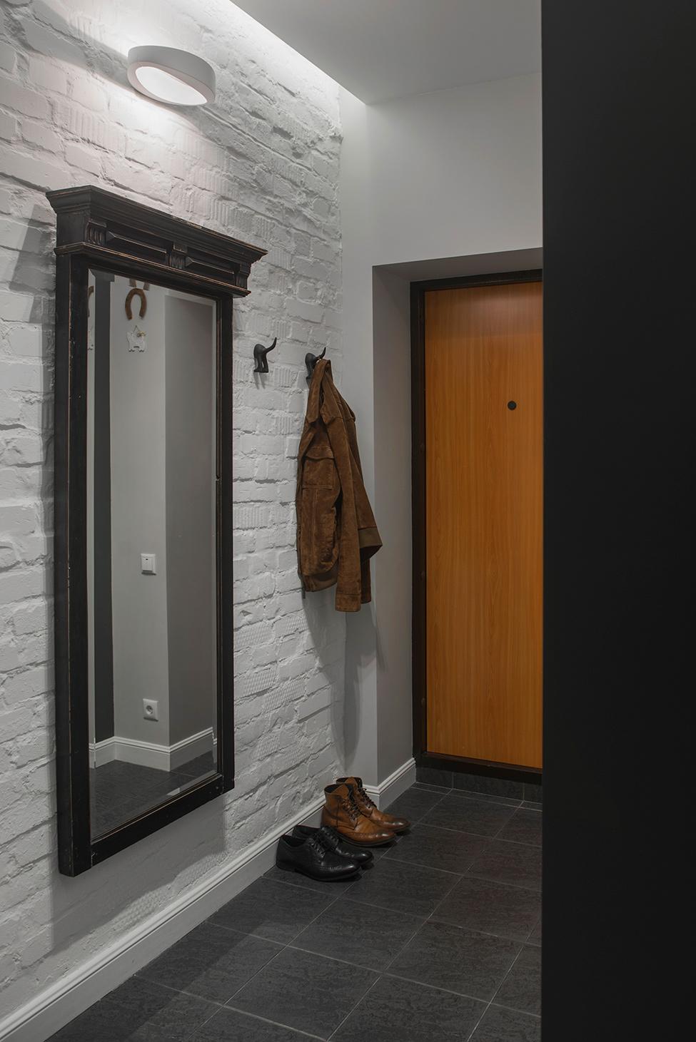 apartament-v-moskva-pokazva-miks-ot-moderen-i-retro-stil-912g