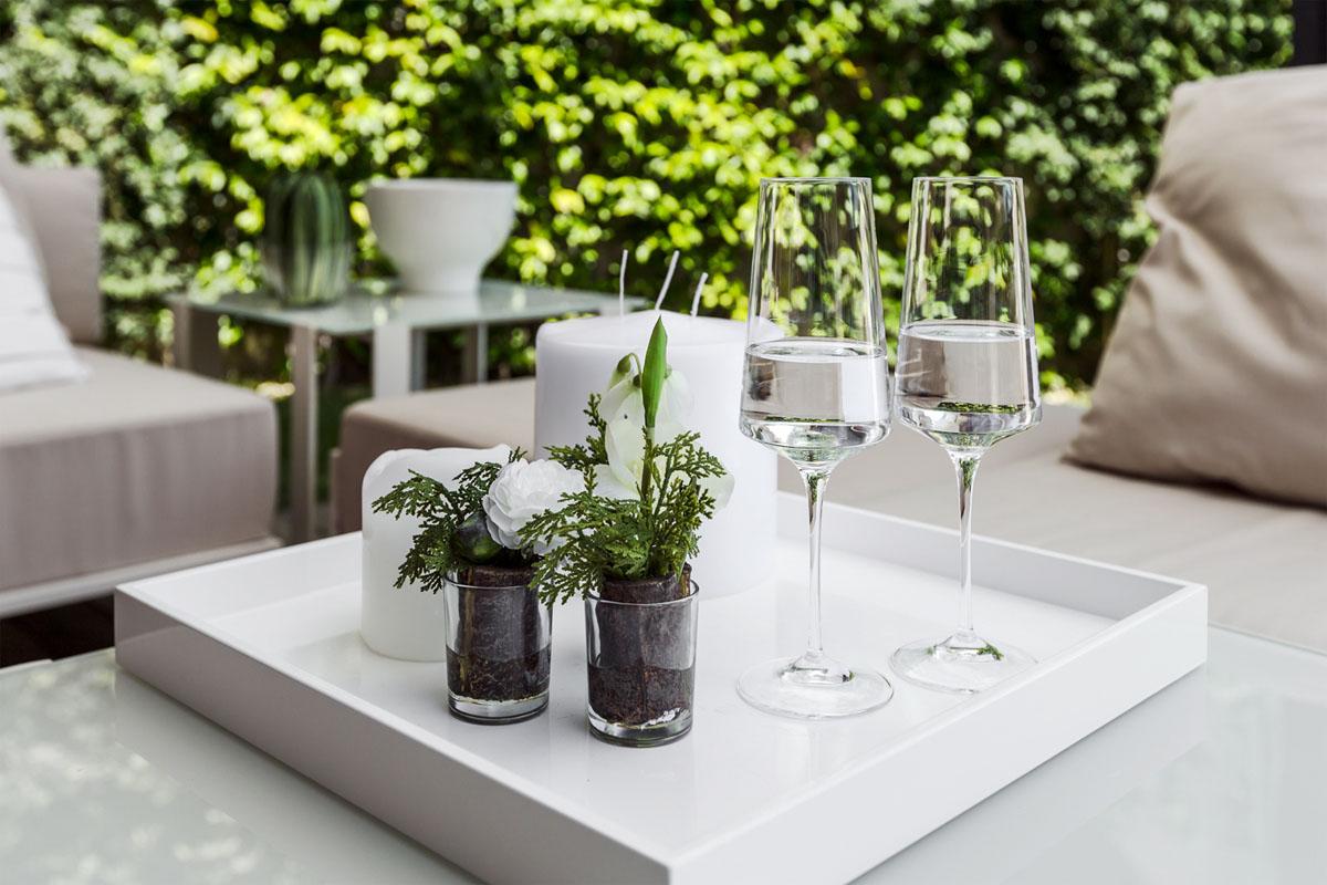 prostoren-apartament-s-funktsionalen-i-eleganten-interior-7g