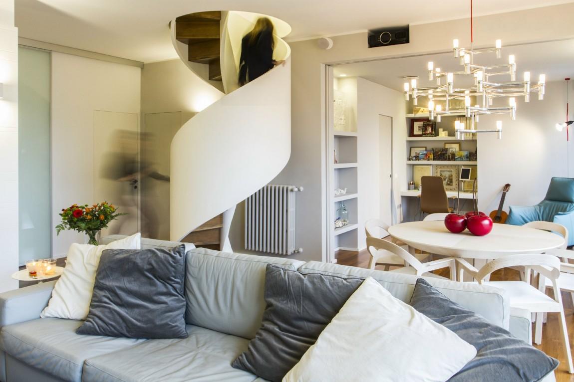 moderna-rezidentsiq-v-milano-pokazva-interesni-mebeli-i-funktsii-5g