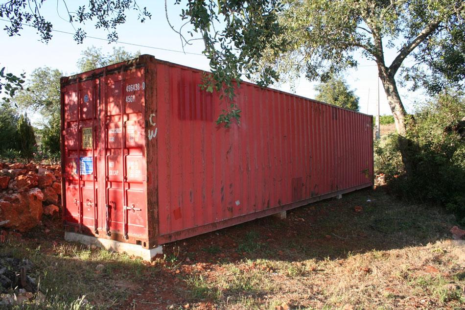 kak-star-koraben-konteiner-se-prevarna-v-uiutna-lqtna-vila-911g