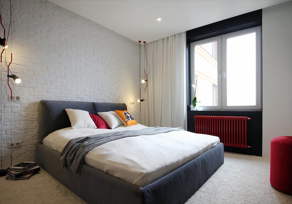 malak-apartament-s-nestandarten-interior-v-cherno-bqlo-i-cherveno-8g
