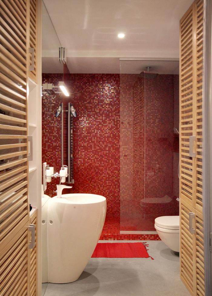 malak-apartament-s-nestandarten-interior-v-cherno-bqlo-i-cherveno-911g