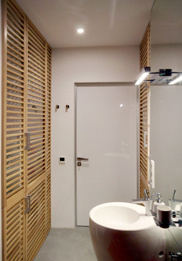 malak-apartament-s-nestandarten-interior-v-cherno-bqlo-i-cherveno-912g