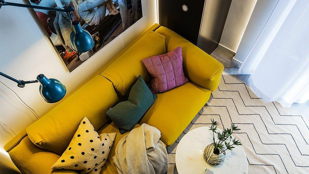izkliuchitelno-malak-apartament-s-uiuten-i-interesen-dizain-5g