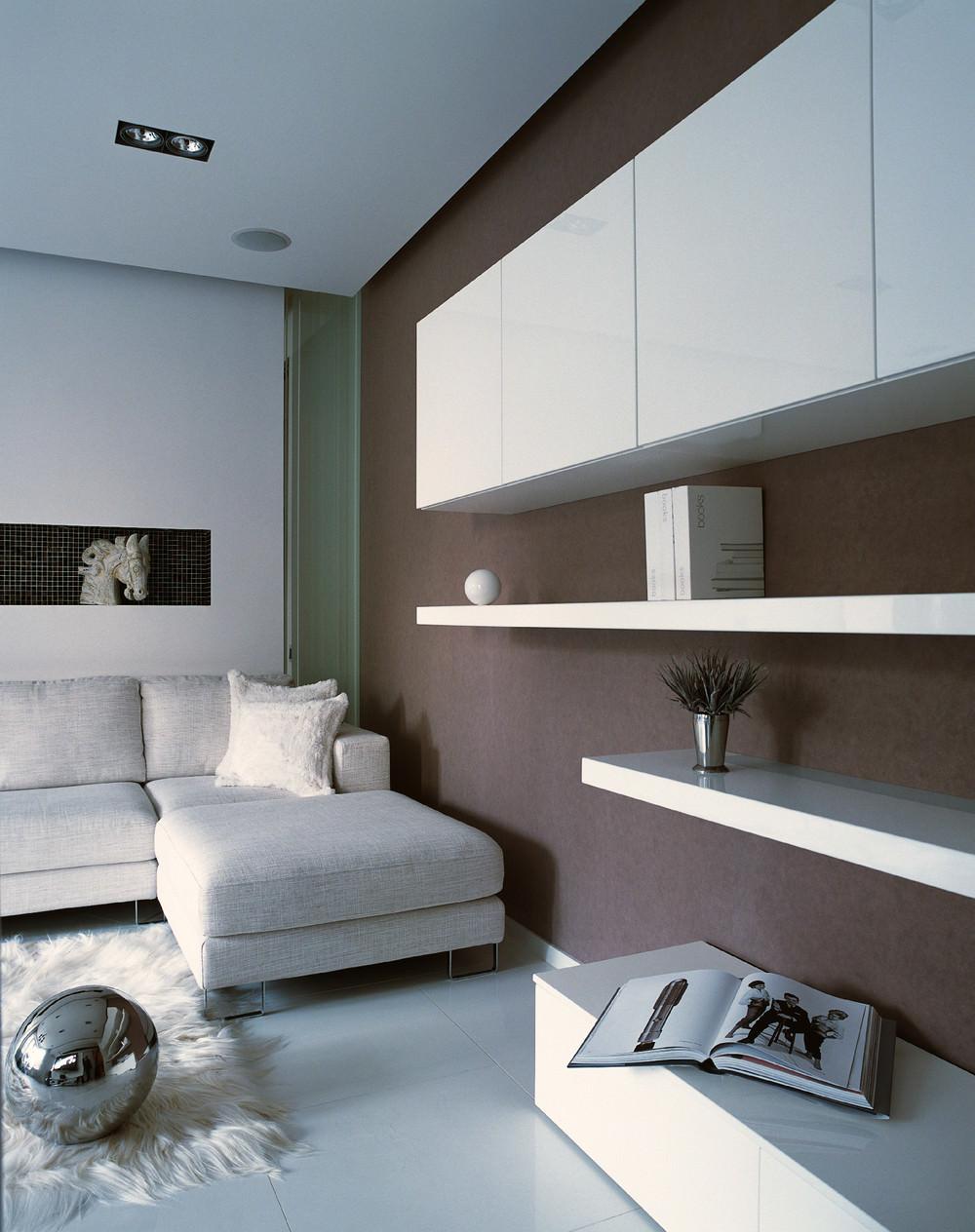 savremenen-interior-na-apartament-v-beli-niuansi-9g