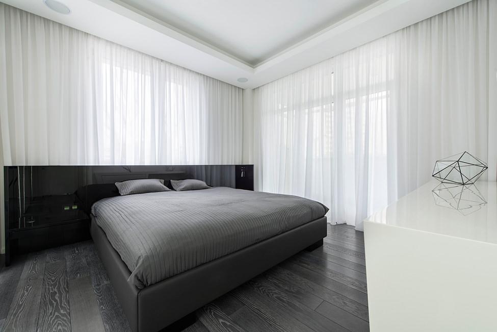 interior-ot-badeshteto-v-cherno-i-bqlo-geometrix-design-910g