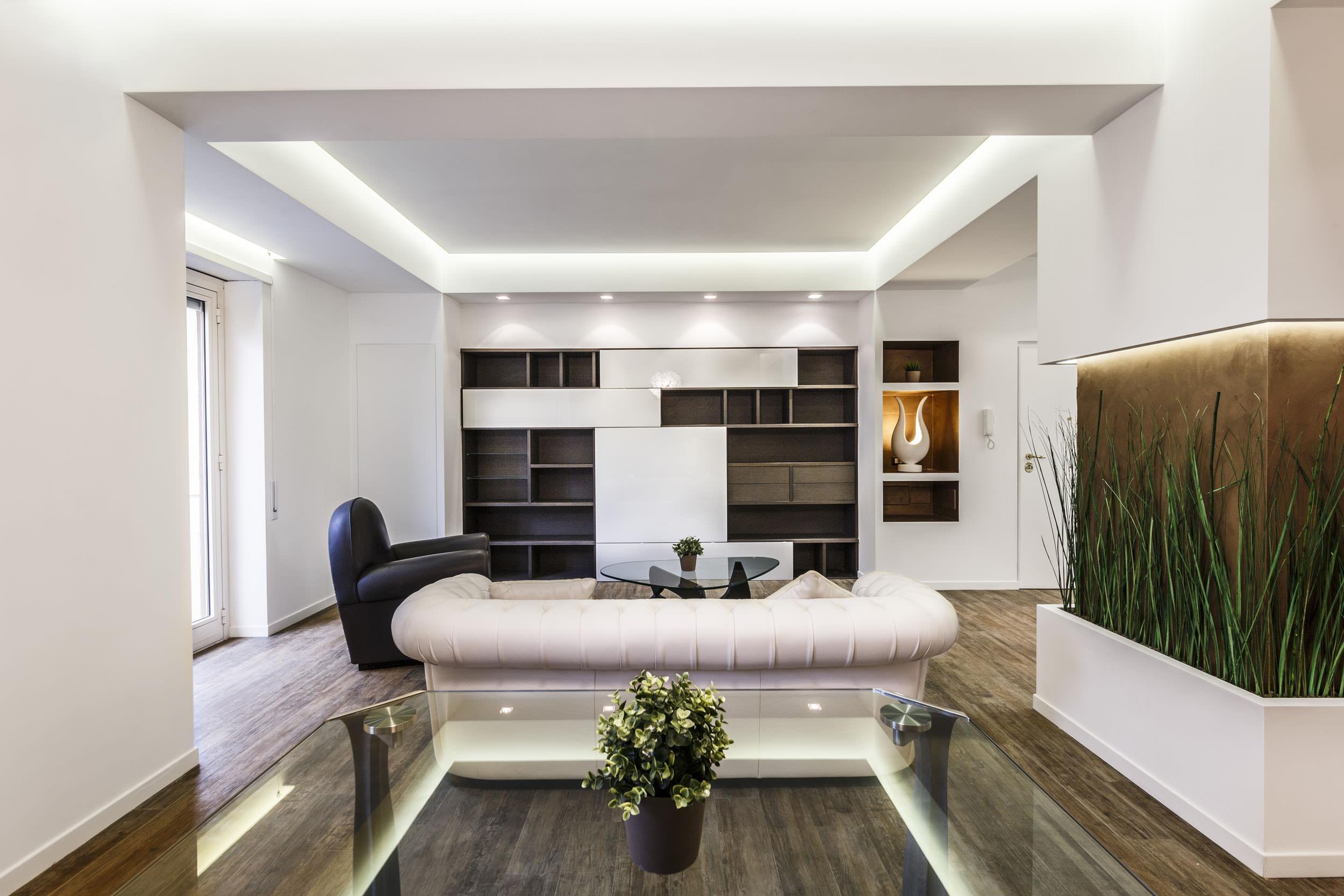 moderen-italianski-apartament-s-izobilie-ot-zelenina-3g