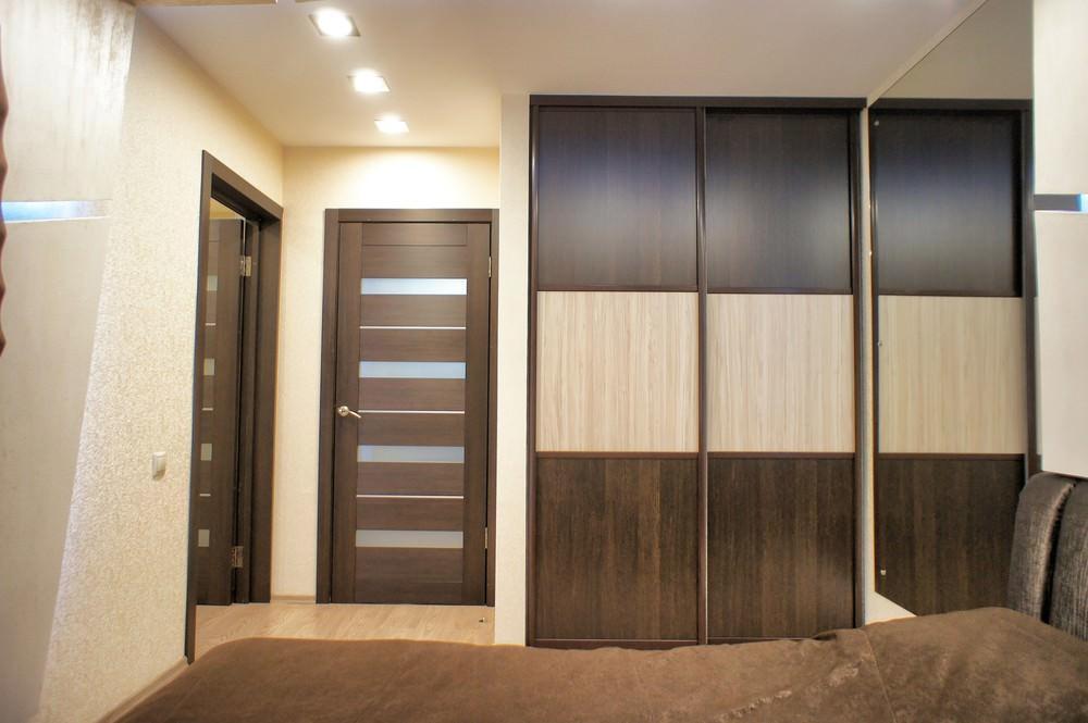 apartament-s-moderen-dizain-i-dinamichno-led-osvetlenie-911g