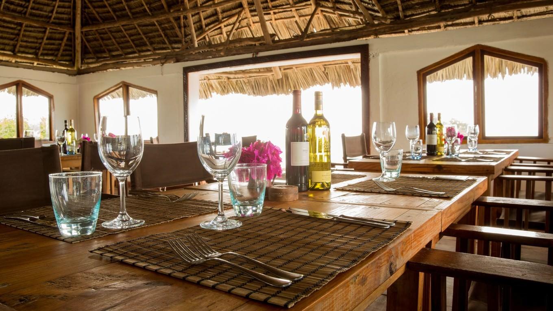 magiqta-na-restorant-skalata-v-indiiskiq-okean-1g