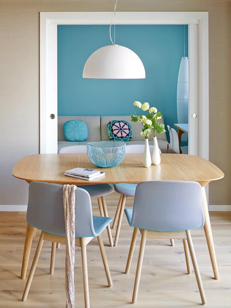 prostoren-apartament-s-interior-v-letni-tsvetove-5g