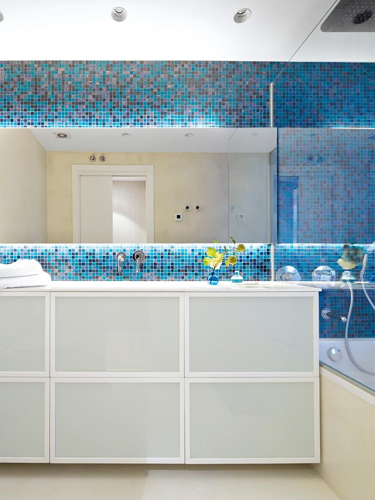 prostoren-apartament-s-interior-v-letni-tsvetove-913g