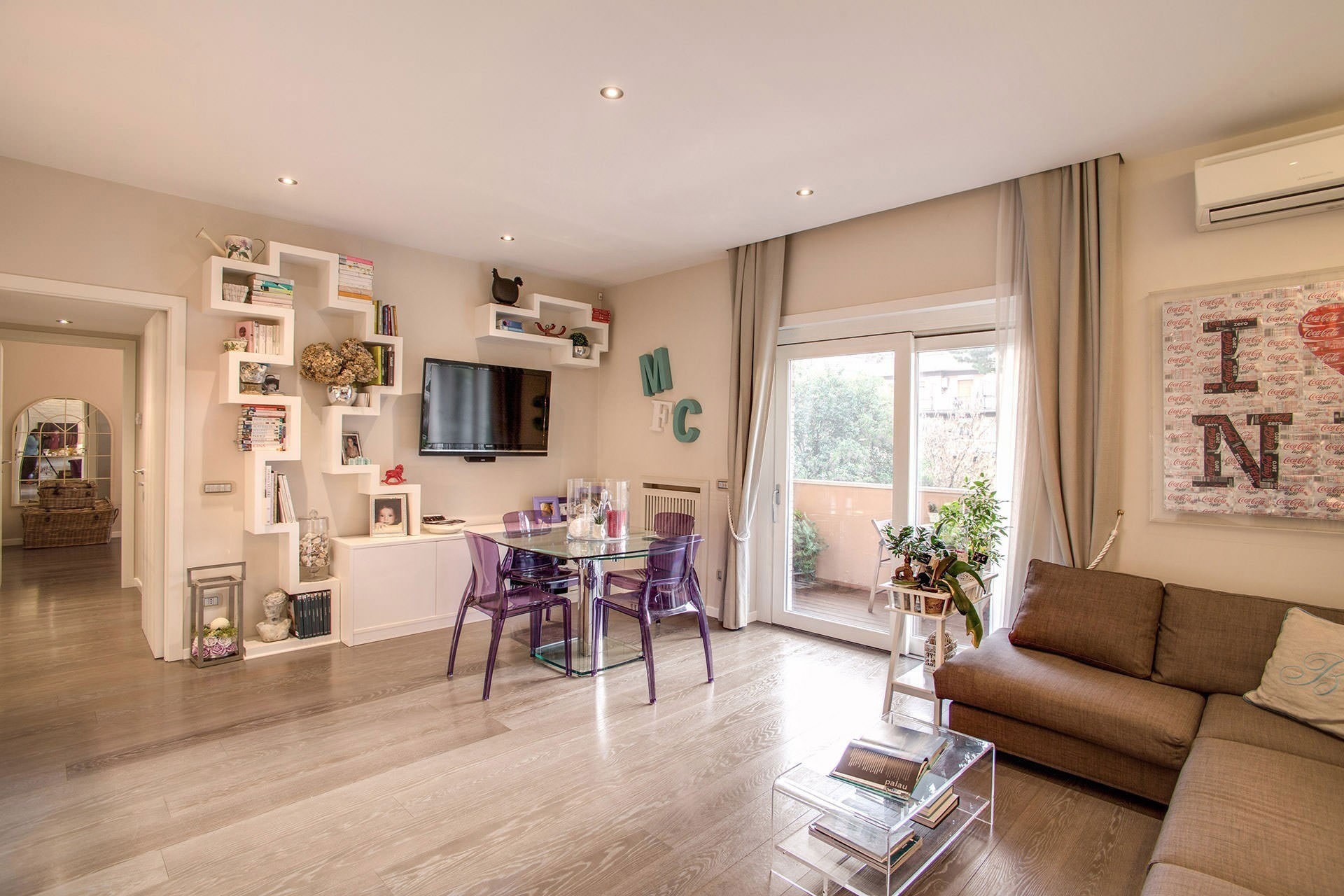 komforten-apartament-sas-sempal-dizain-v-rim-7g