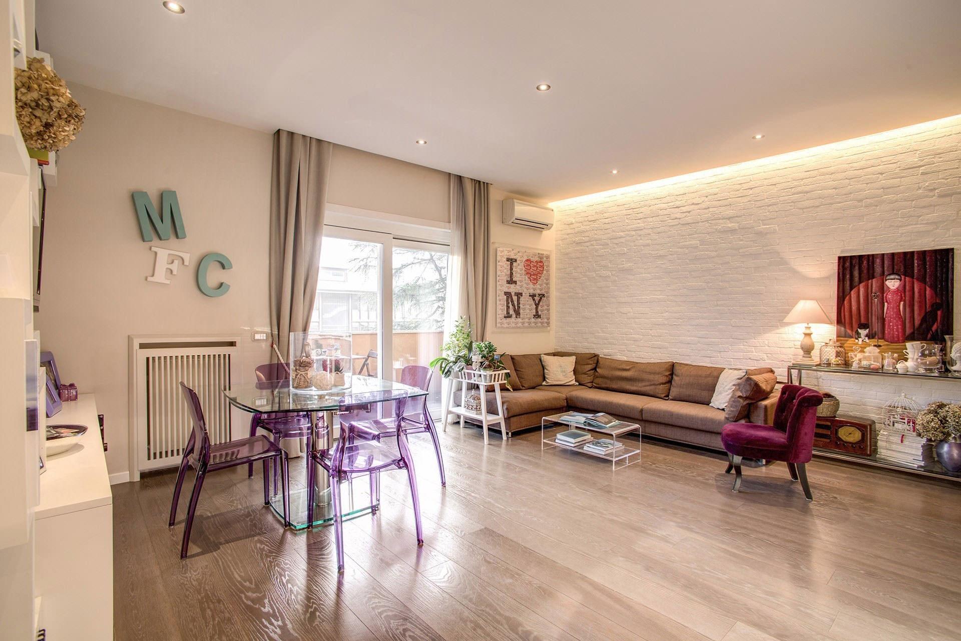 komforten-apartament-sas-sempal-dizain-v-rim-8g