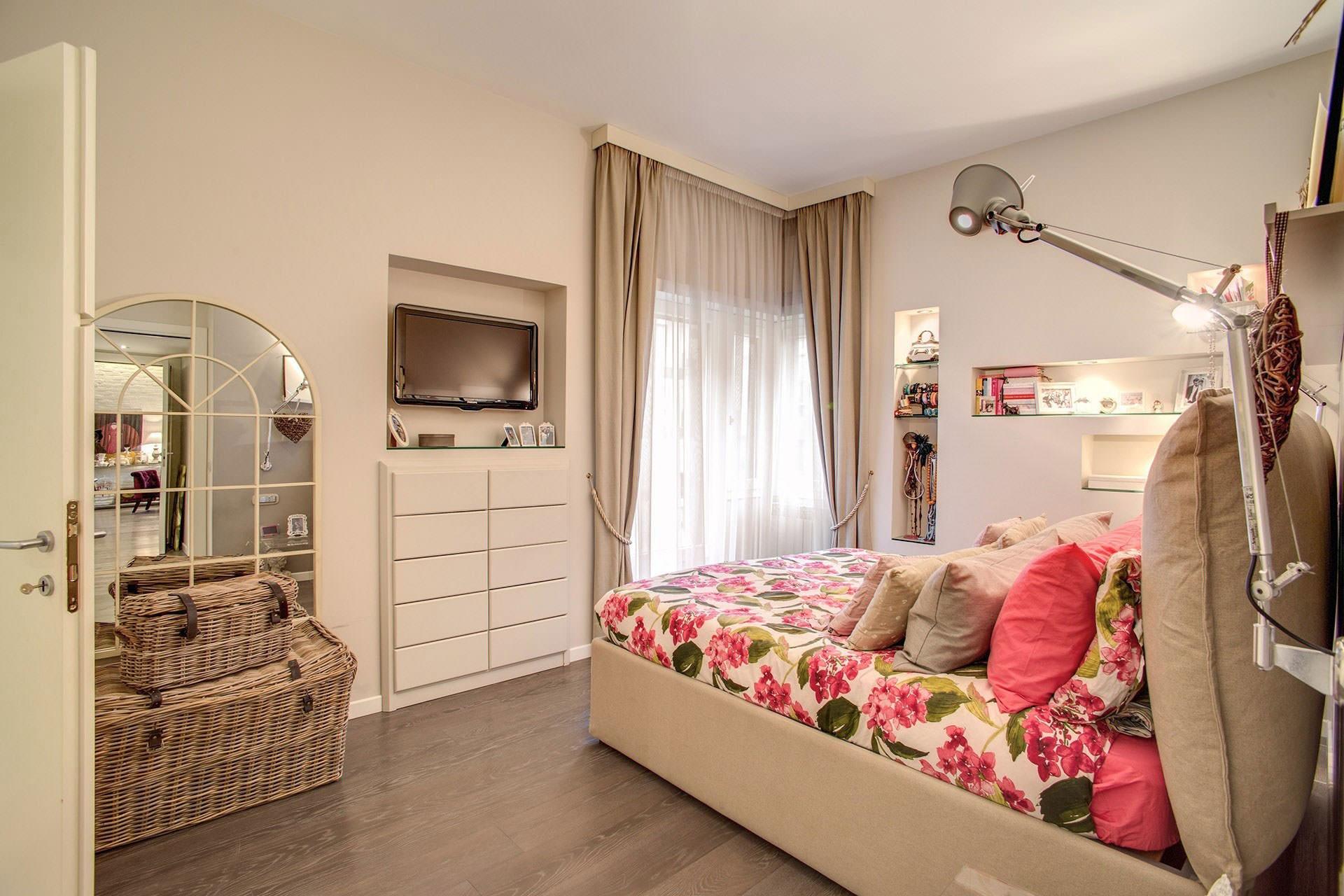 komforten-apartament-sas-sempal-dizain-v-rim-910g