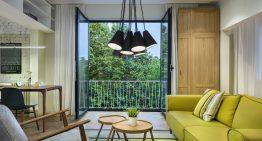 Съвременен апартамент в София с елегантно ретро докосване