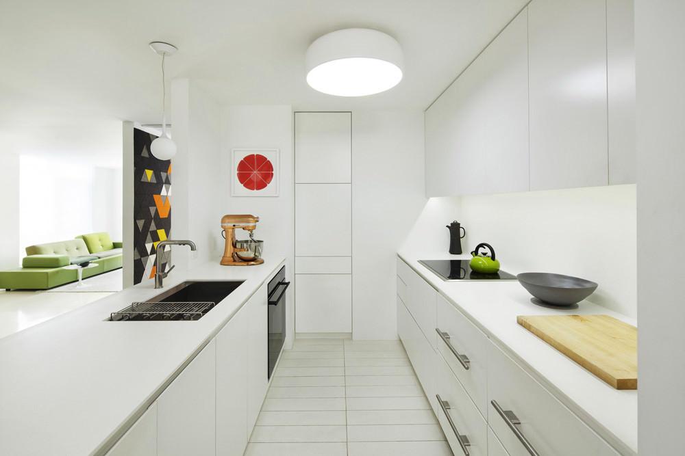 moderen-apartament-sas-sempal-intererior-v-cherno-i-bqlo-3g