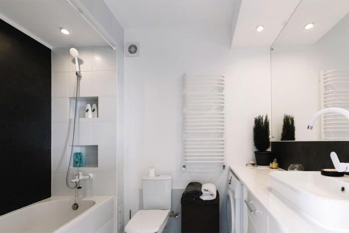 stilen-malak-apartament-s-interior-v-cherno-i-bqlo-50-m-913g