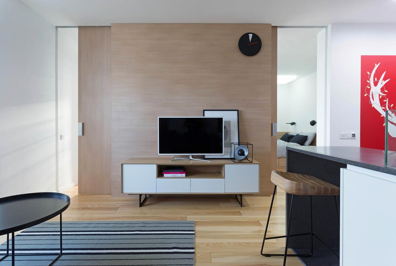 vpechatlqvasht-malak-apartament-s-moderen-dizain-1g