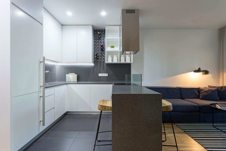 vpechatlqvasht-malak-apartament-s-moderen-dizain-3g