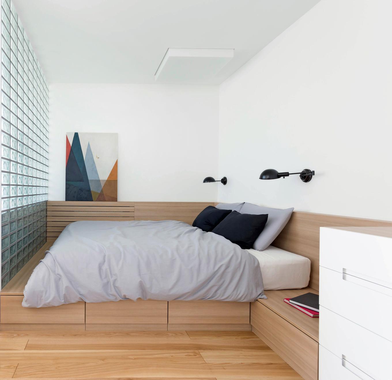 vpechatlqvasht-malak-apartament-s-moderen-dizain-6g