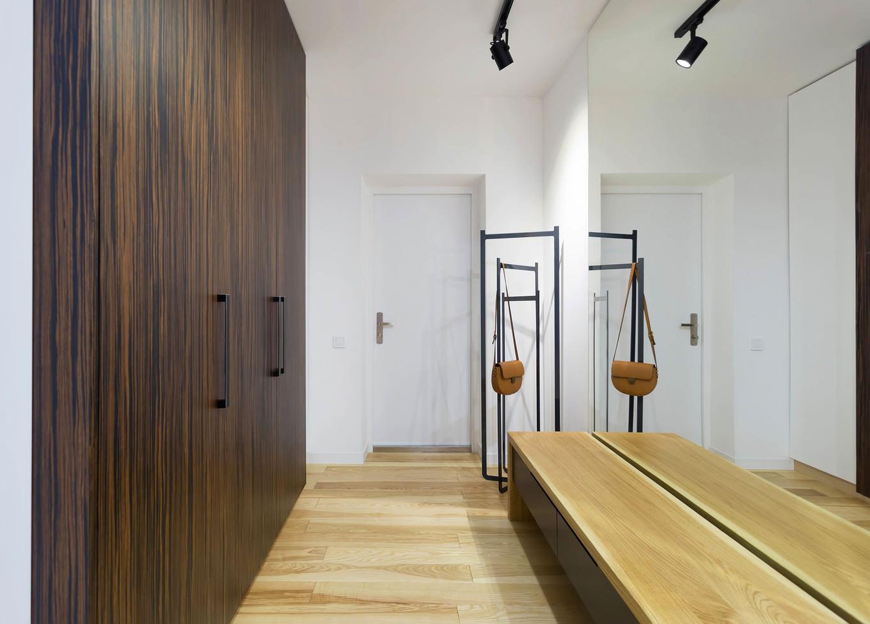 vpechatlqvasht-malak-apartament-s-moderen-dizain-8g