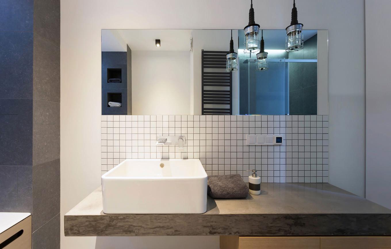 vpechatlqvasht-malak-apartament-s-moderen-dizain-911g