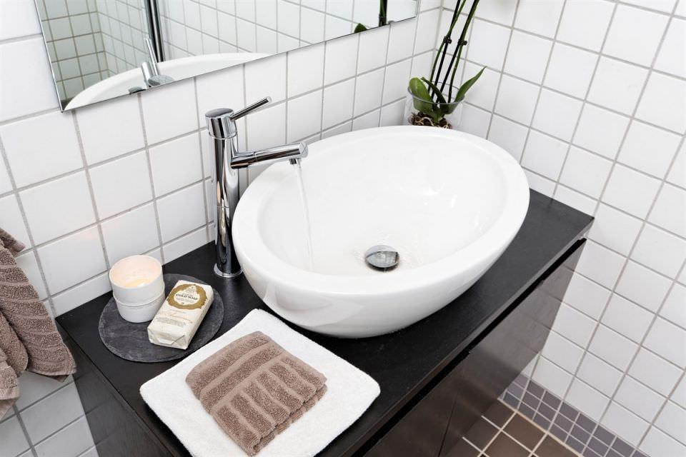 malak-tavanski-apartament-s-chist-i-prostoren-interior-37-m-914g