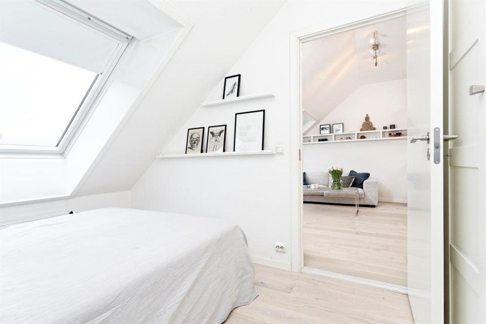 malak-tavanski-apartament-s-chist-i-prostoren-interior-37-m-917g