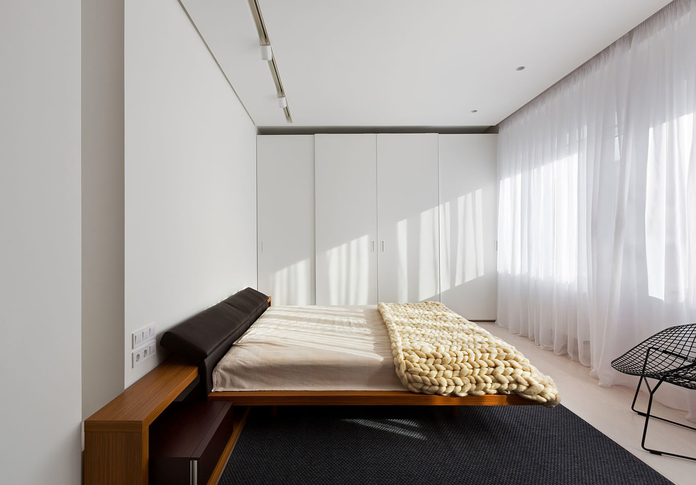 prostoren-apartament-s-eleganten-interior-120-m-7g
