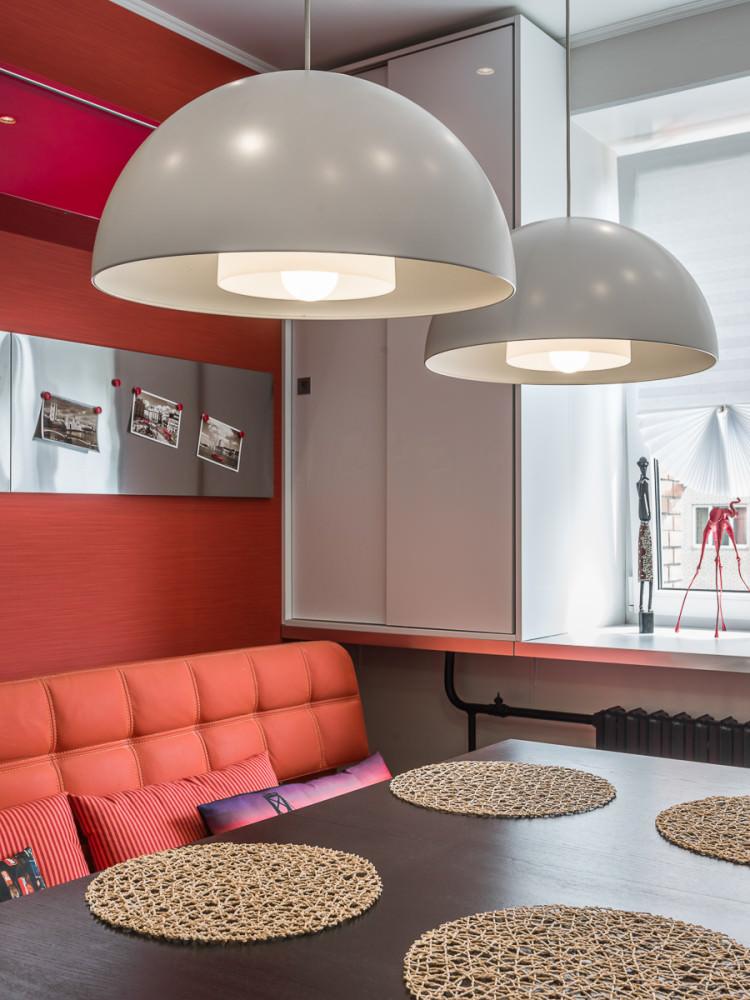 funktsionalen-interior-na-studio-v-kontrastni-tsvetove-36-m-910g