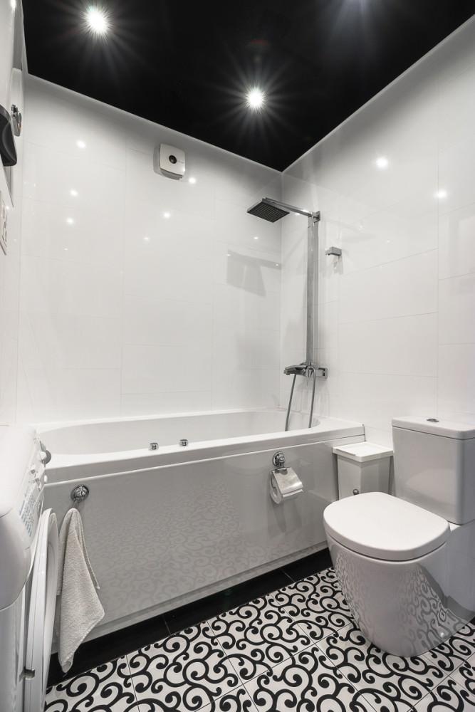 funktsionalen-interior-na-studio-v-kontrastni-tsvetove-36-m-911g