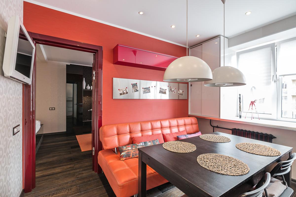 funktsionalen-interior-na-studio-v-kontrastni-tsvetove-36-m-9g