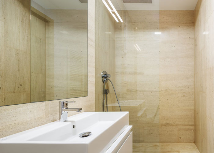 prostoren-apartament-s-artistichen-interior-v-bukuresht-72-m-8g