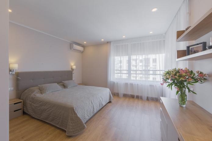 tristaen-apartament-s-moderen-i-uiuten-interior-77-m-8g