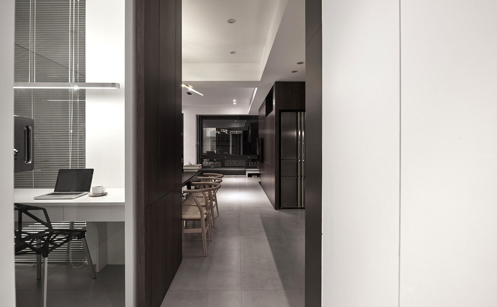 etaj-ot-kashta-s-moderen-i-prostoren-interioren-dizain-120-3g