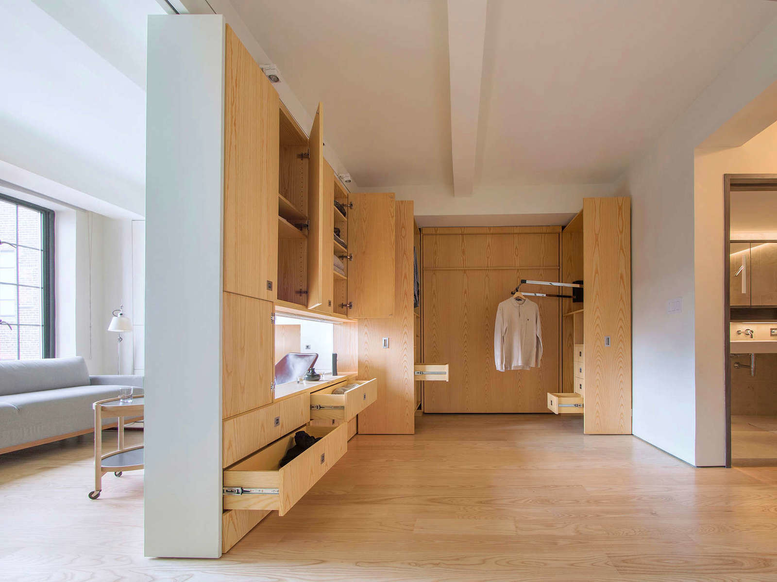 nestandarten-i-izkliuchitelno-funktsionalen-malak-apartament-37-m-7g