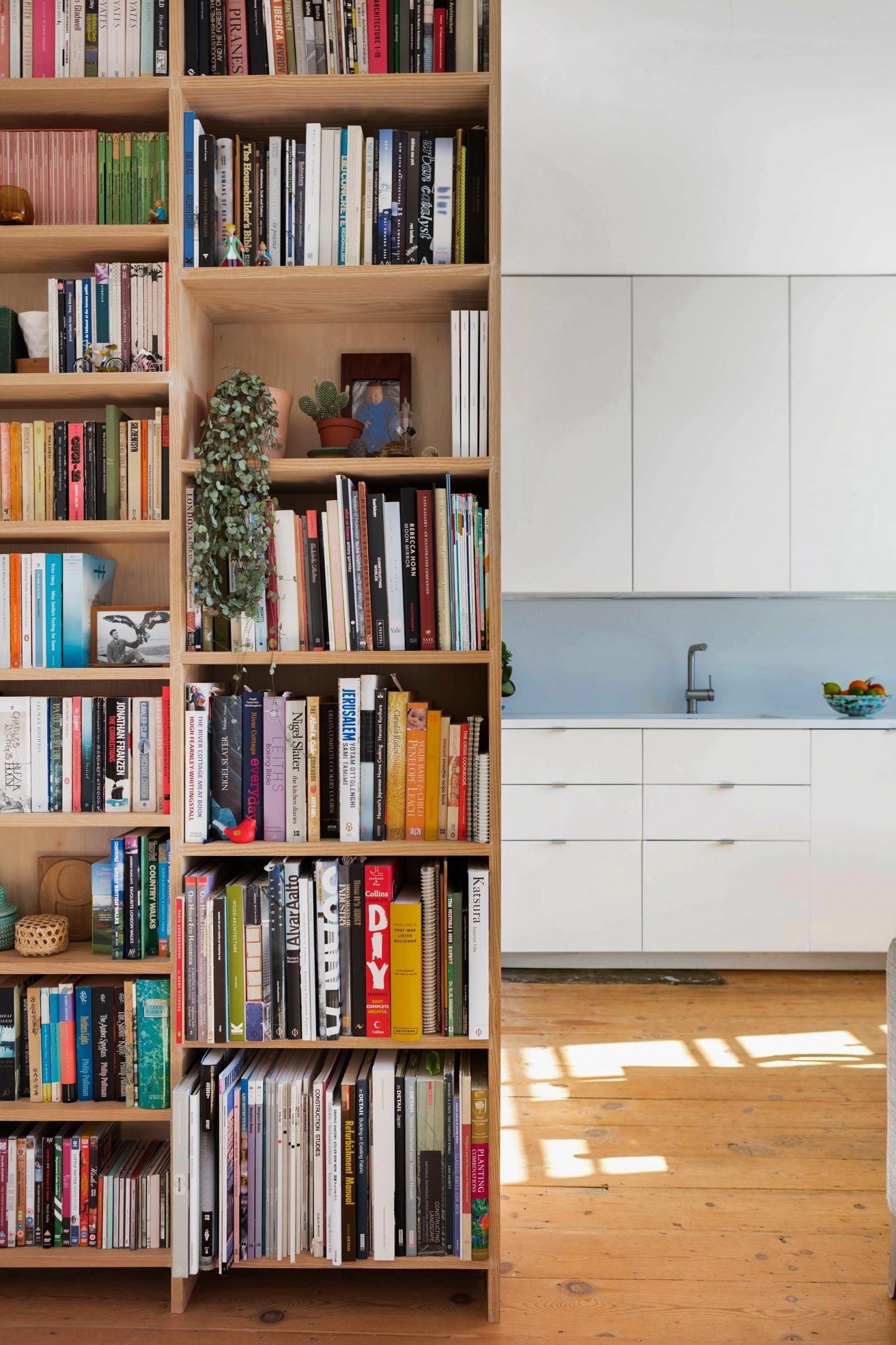 tsveten-i-funktsionalen-interior-za-malak-semeen-apartament-45-m-3g