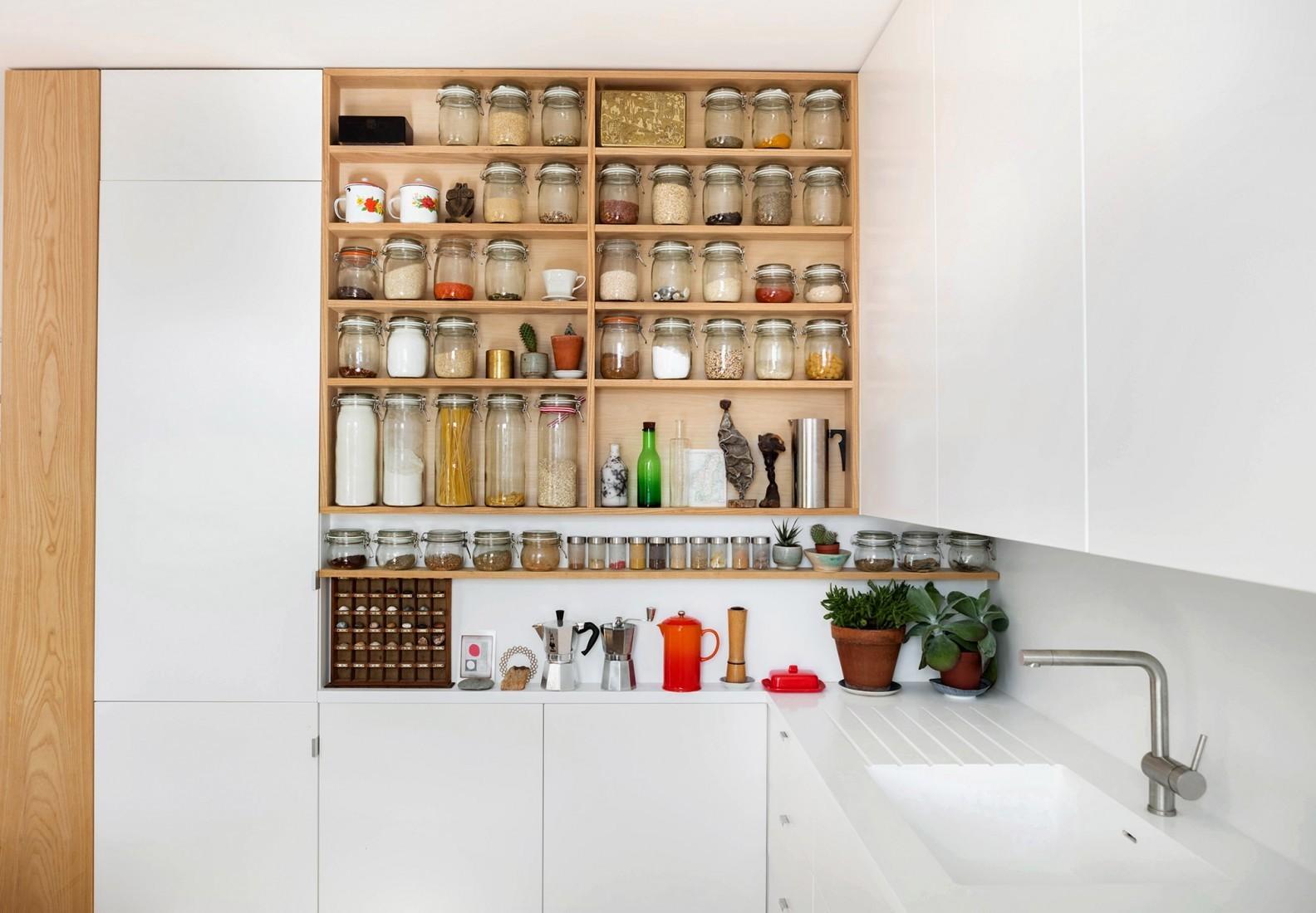 tsveten-i-funktsionalen-interior-za-malak-semeen-apartament-45-m-5g