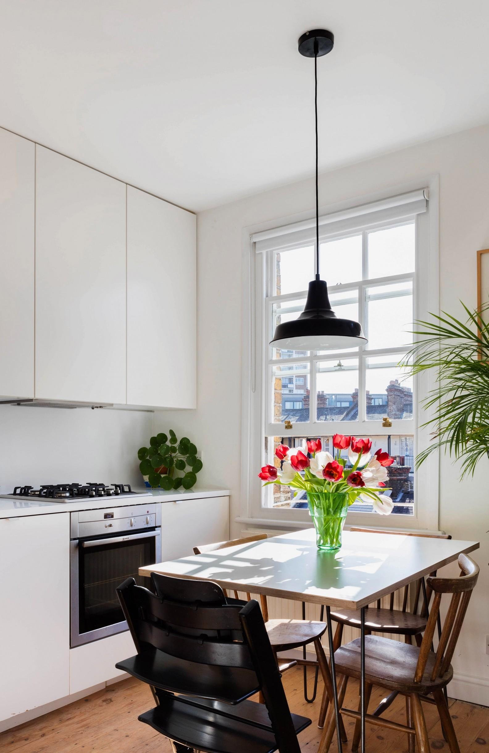 tsveten-i-funktsionalen-interior-za-malak-semeen-apartament-45-m-6g